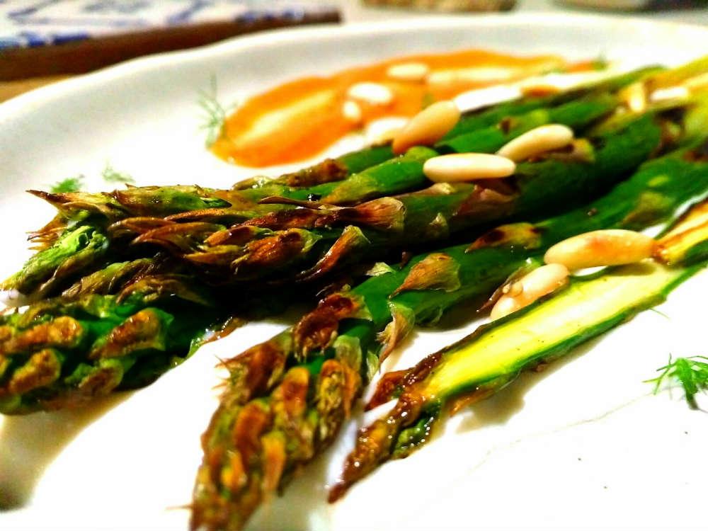 Asparagi grigliati