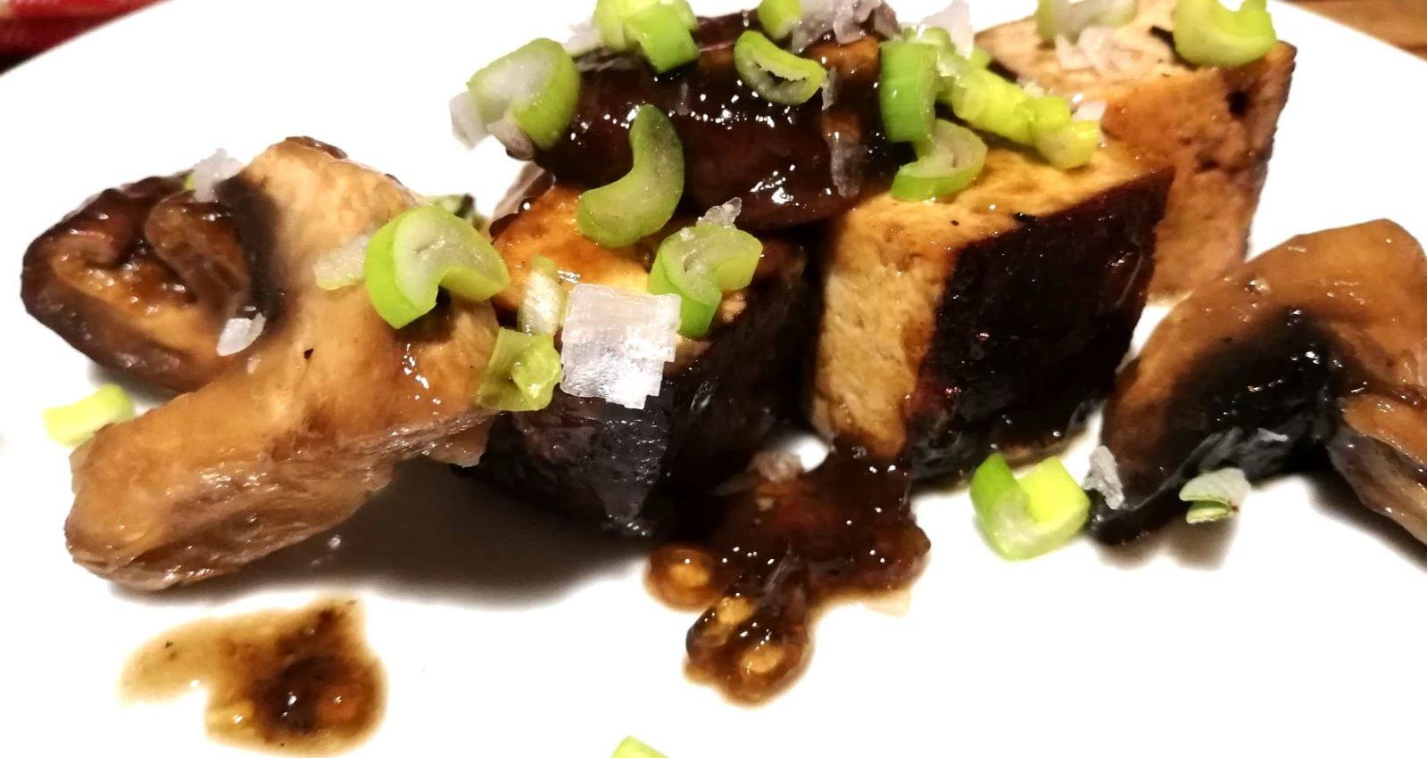 spezzatino vegan di tofu